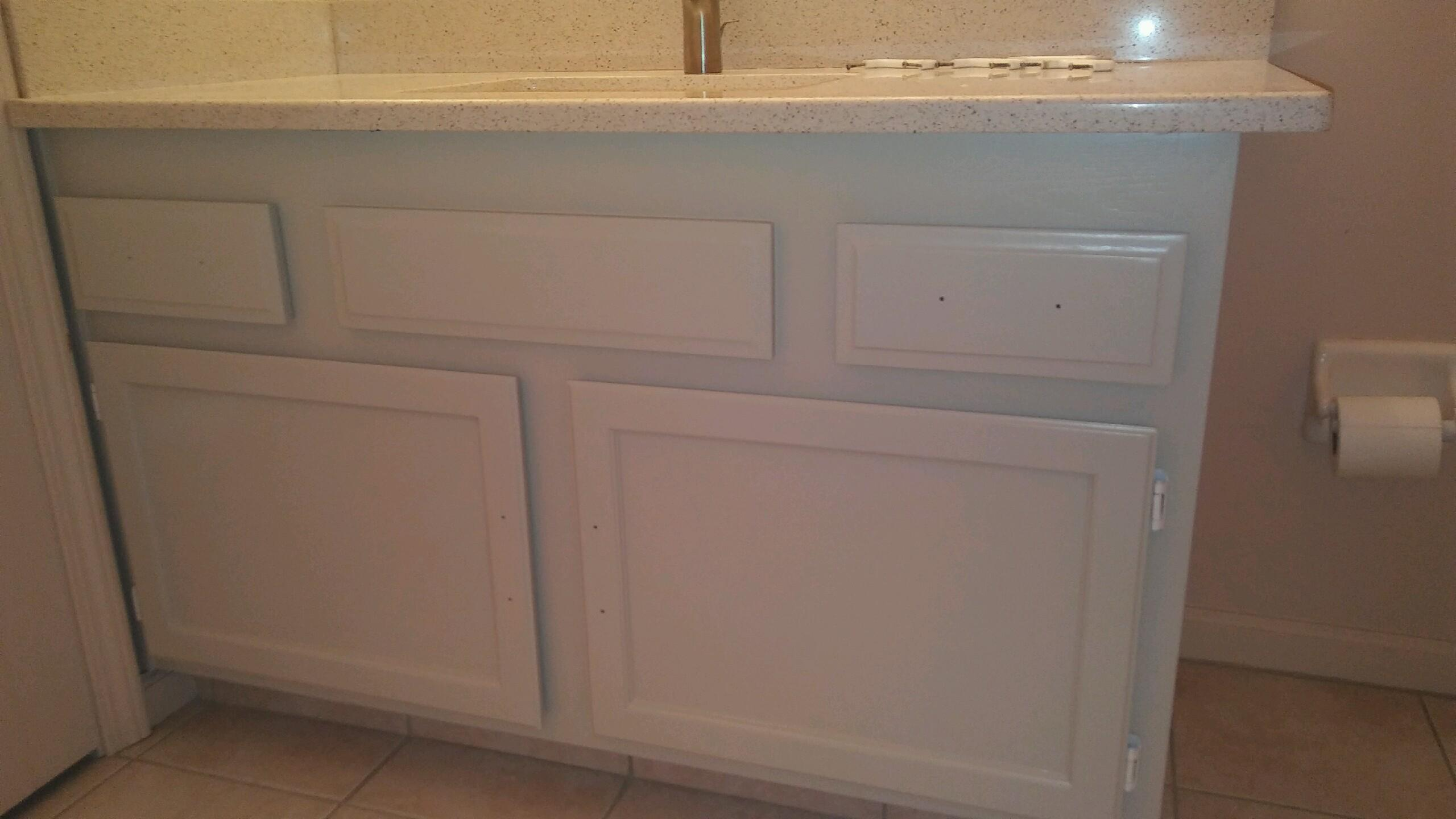 Bathroom vanity and cabinet painting in jacksonville home for Bathroom cabinets jacksonville