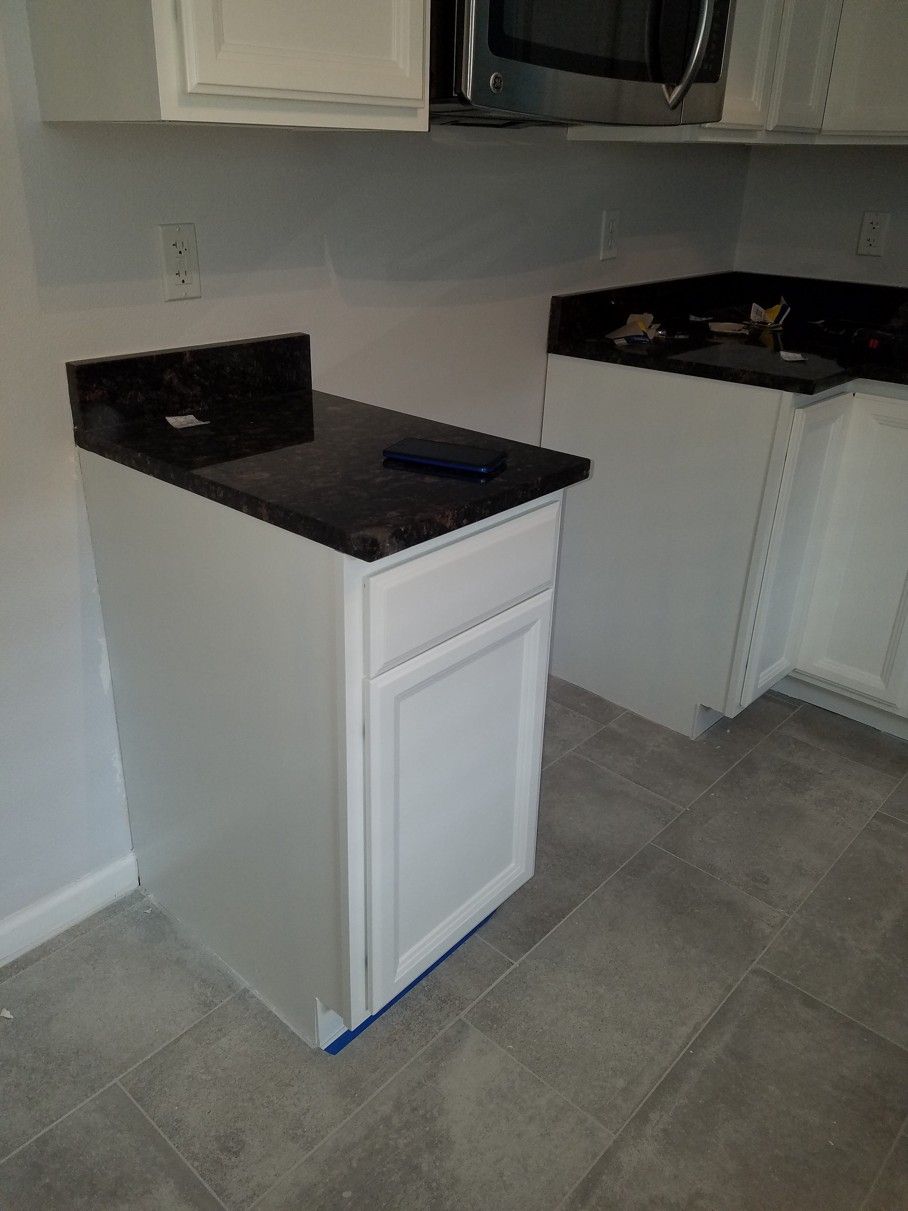 Cabinet painting in st john 39 s county outside jacksonville for Catalyzed lacquer kitchen cabinets