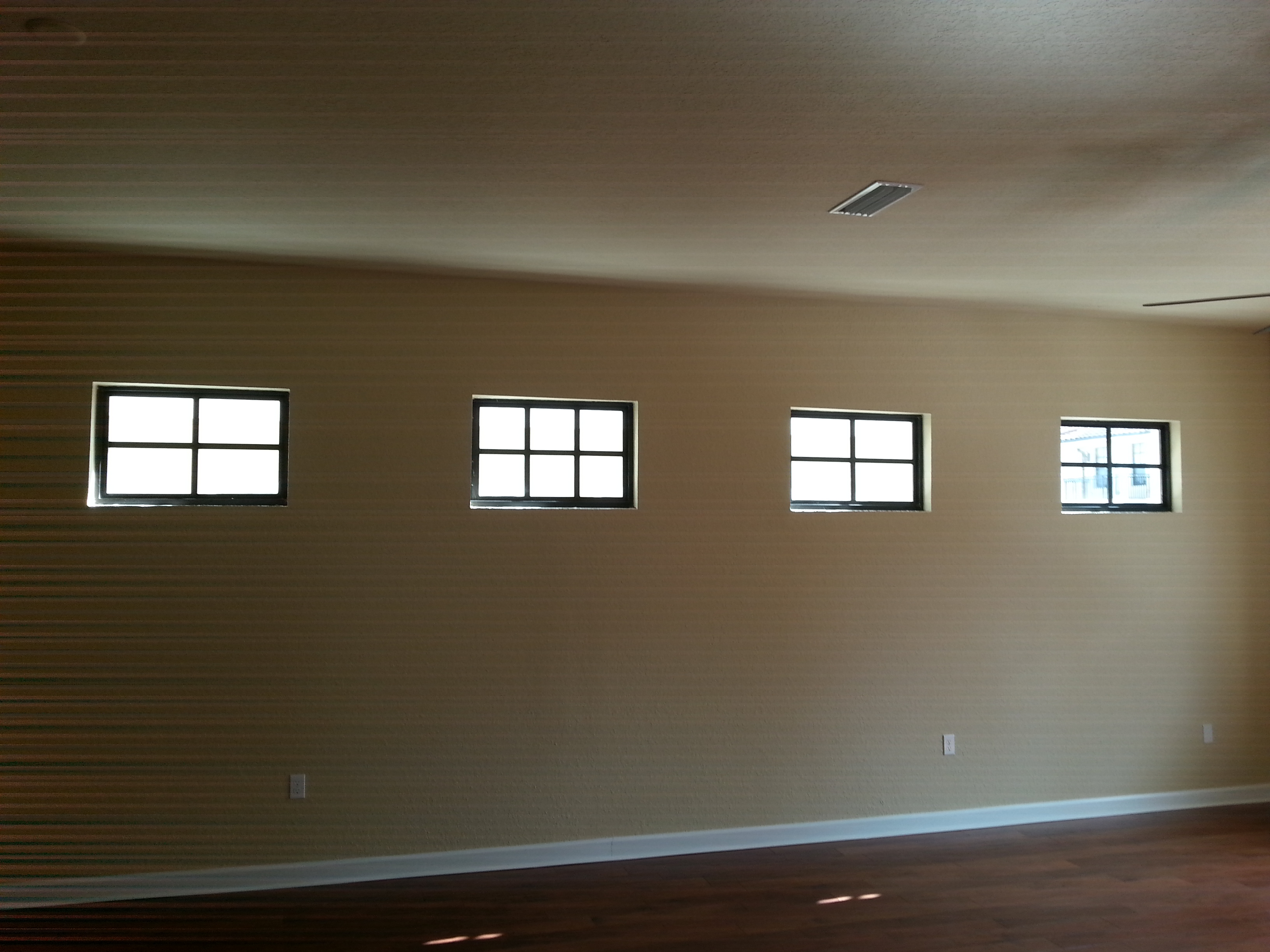 Interior Painting Contractor In Jacksonville Completes Job
