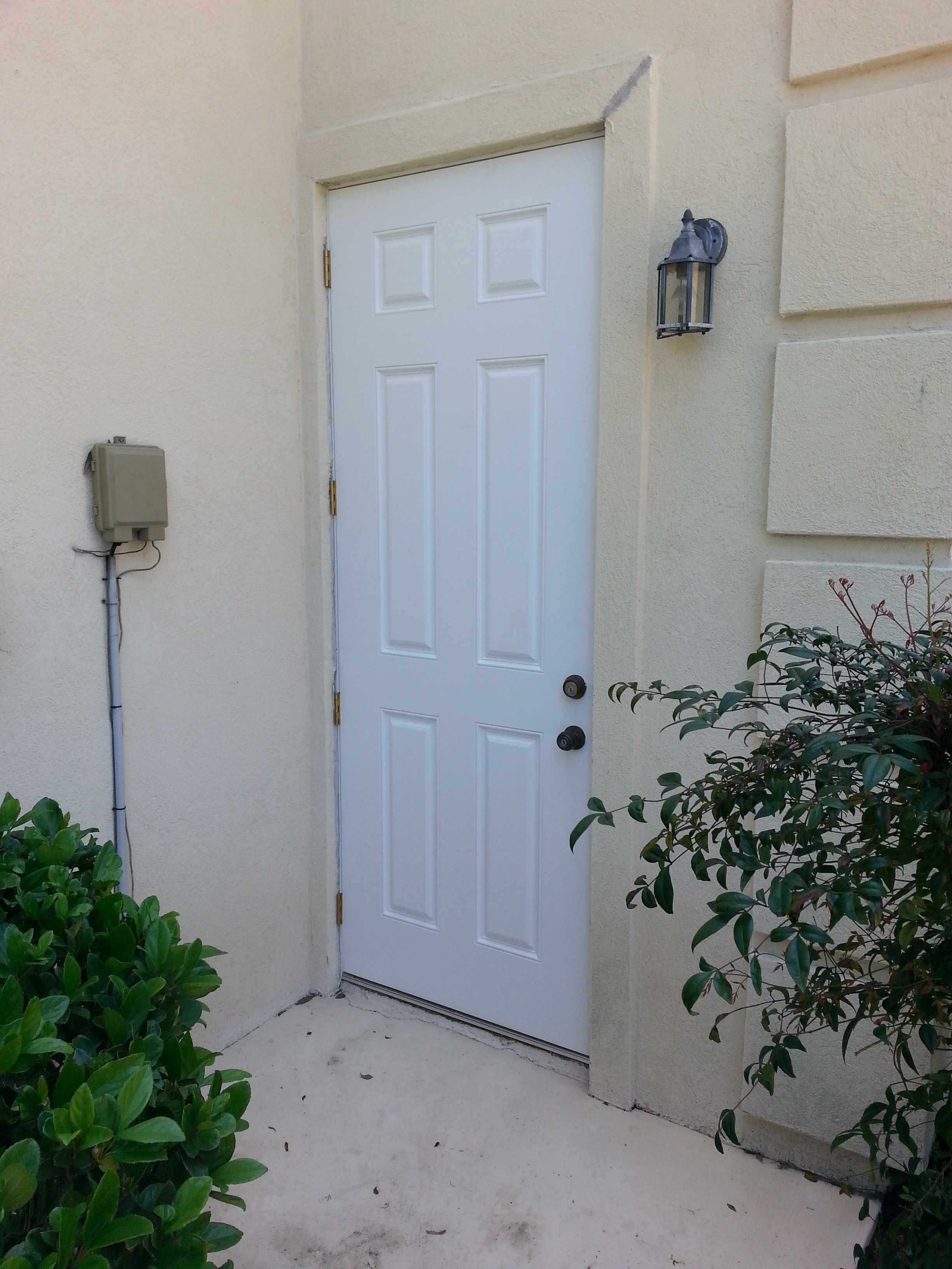 3264 #1C2D1C Area Exterior Builder's Grade Metal Door To Solid Masonite Door  save image Masonite Exterior Doors 39572448