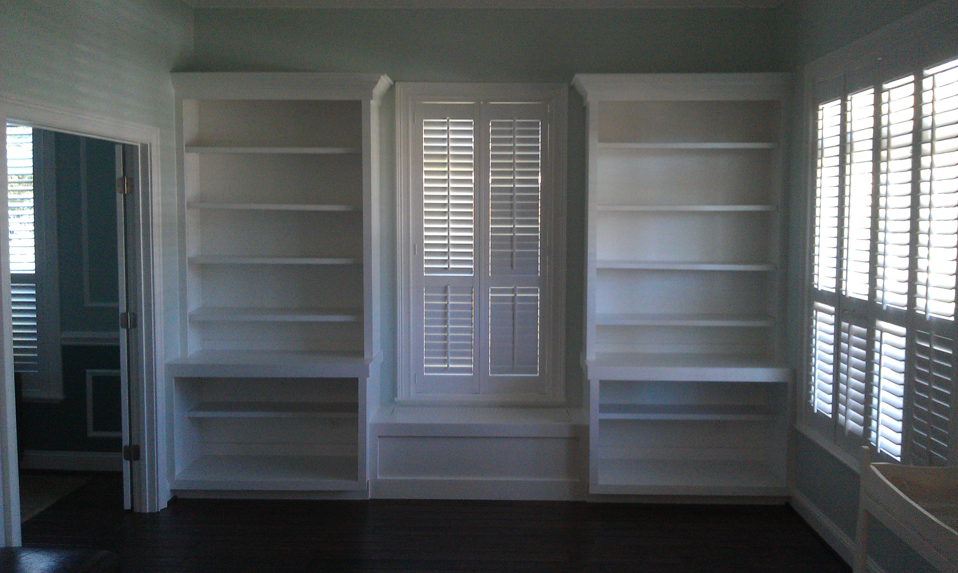Custom Shelf Carpentry, Jacksonville